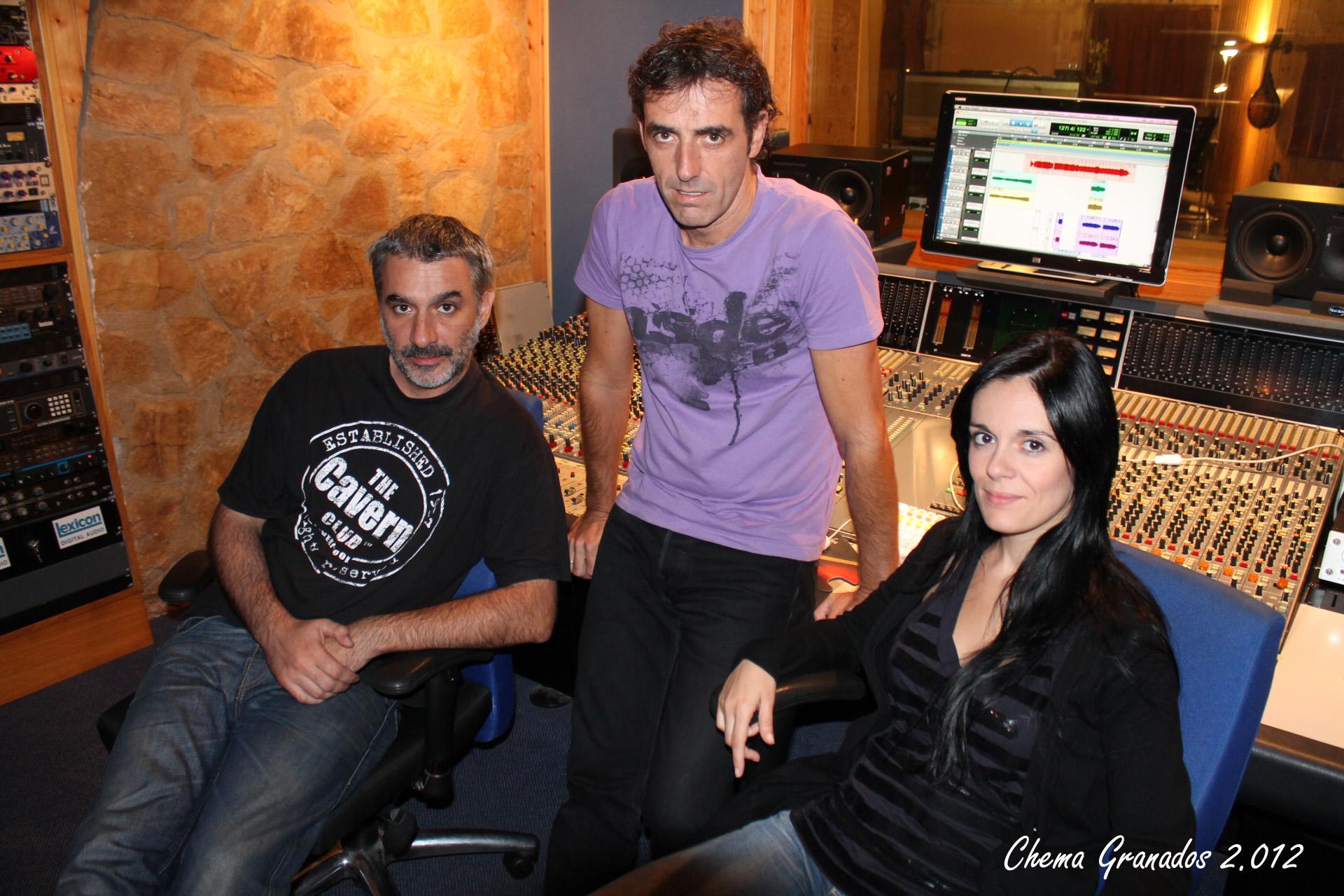 De izquierda a derecha Marc Puente, Juanan San Martin y Pilar Sánchez. Foto: Chema Granados