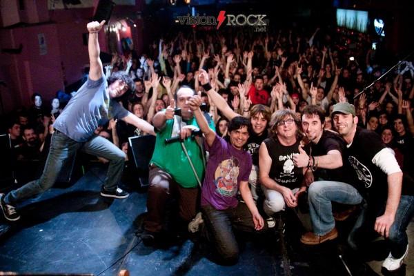 Arranca la gira xv aniversario de benito kamelas rockcultura for Studio 54 oviedo