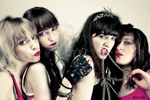 PL+Girls+DSC_1248mod1