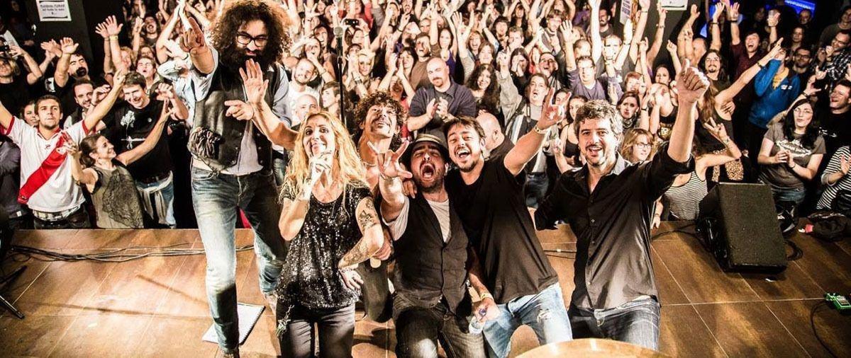Garaje_Jack_en_concierto_ac_stico_en_El_Rinc_n_del_Arte_Nuevo_de_Madrid