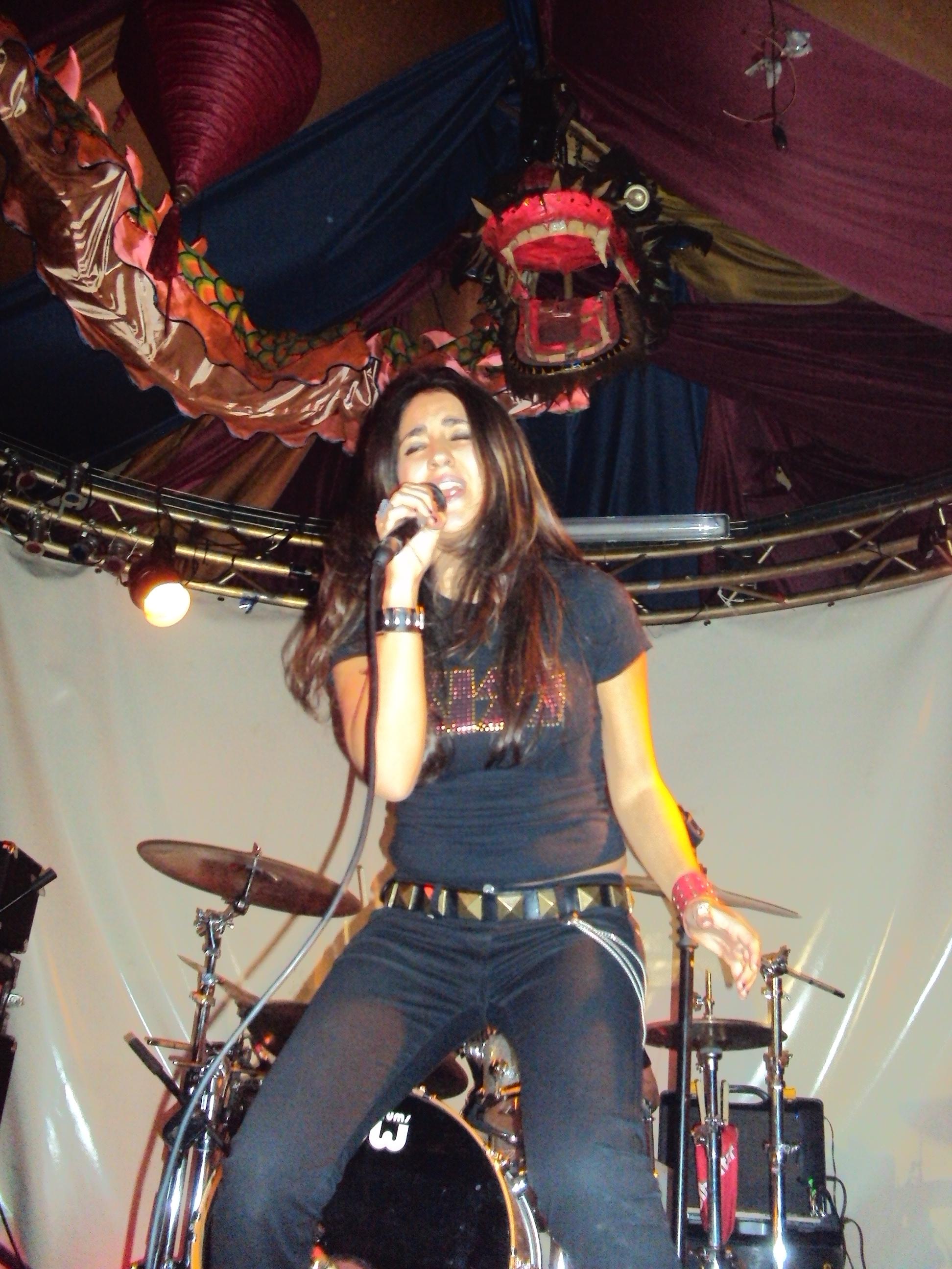 Nieves Lucerón, pasión sobre el escenario.
